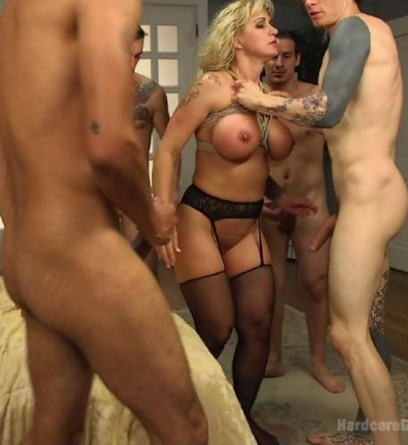 Ryan Conner – Wet Hot American Stepmom: MILF/Cougar Gangbanged By Stepson And friends!  (BSDM) (2015/HardcoreGangBang.com/Kink.com/HD)